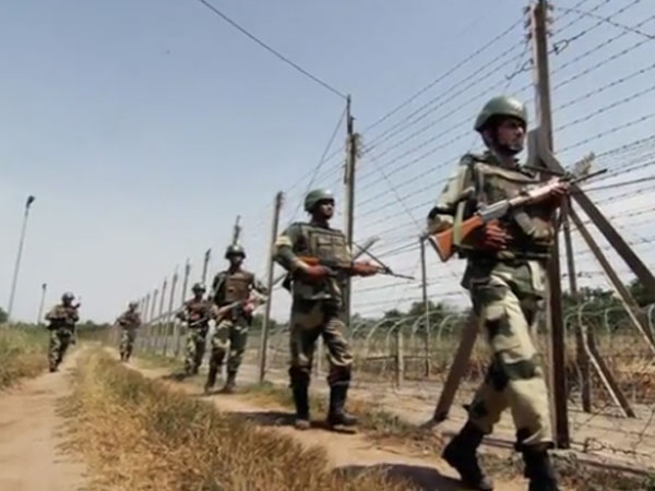 3 Army personnel martyred in ceasefire violation by Pakistan. PTI file