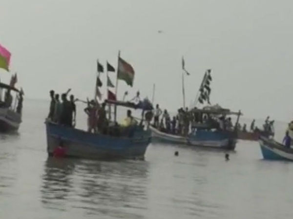 Maharashtra's Dahanu boat tragedy: 3 children killed, 32 rescued