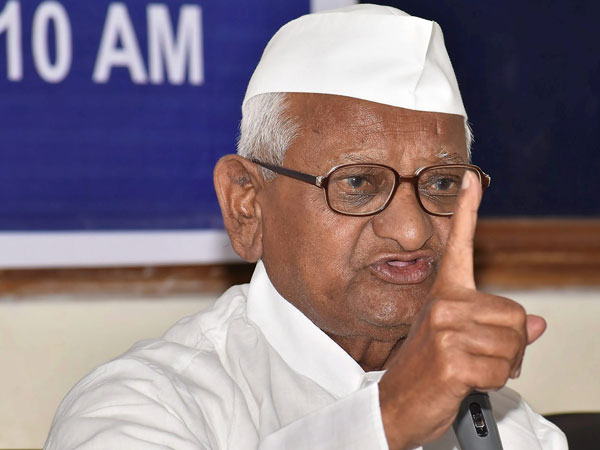 Won't let any political party come on this stage: Anna Hazare