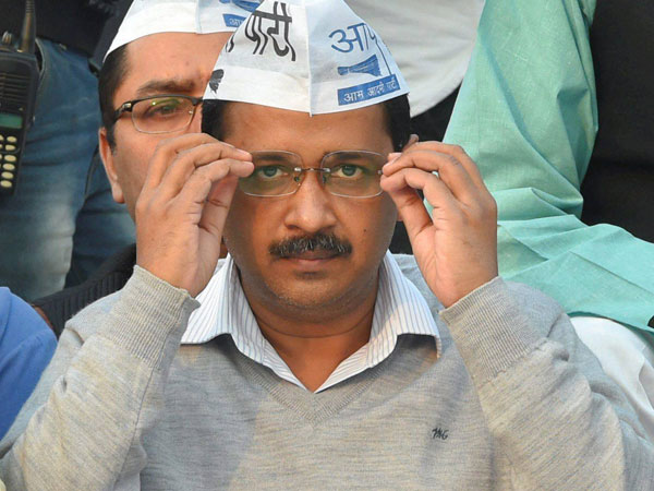 Office of profit row: Kejriwal's fate hangs with President of India