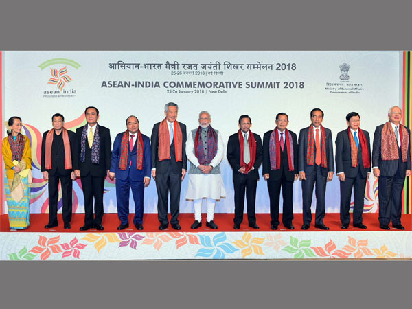 Prime Minister Narendra Modi with the ASEAN Heads of State / Governments and ASEAN Secretary General at the ASEAN India Commemorative Summit, in New Delhi