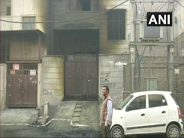Delhi's Bawana Fire : Owner of the factory, Manoj Jain, arrested by Delhi Police