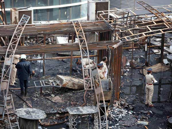 Kamala Mills fire tragedy: Police arrests 2 managers of '1-Above' pub