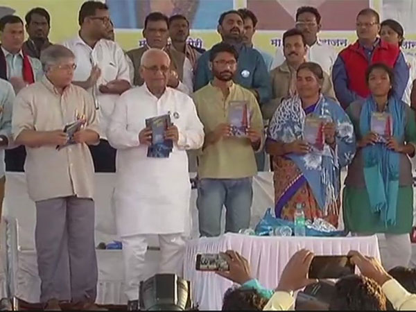 Jignesh Mewani, Omar Khalid, Prakash Ambedkar and Radhika Vemula in Pune at an event marking the 200th anniversary of the Battle of Bhima Koregaon (31.12.17). Courtesy: ANI news