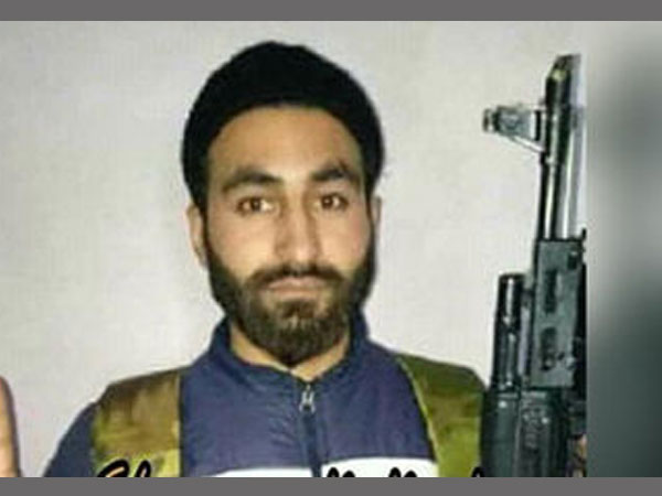 Did this brilliant AMU research scholar from Kashmir join the Hizbul Mujahideen?