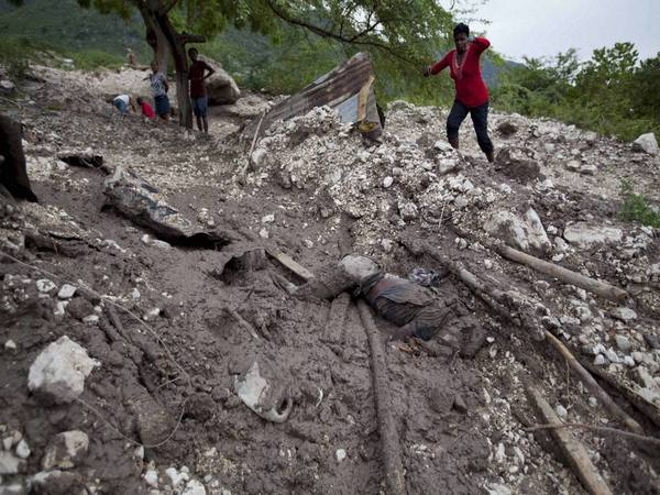 Mudslides demolish homes in California, at least 13 die (Representative image)