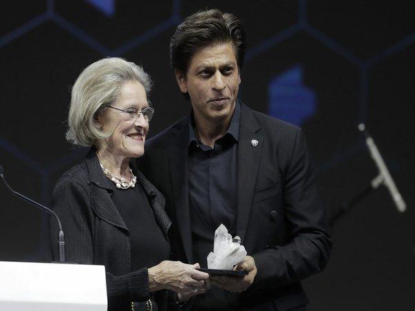 Why was Shah Rukh Khan awarded at Davos?
