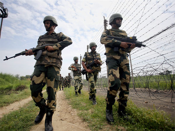 J&K: Pakistan violates ceasefire along LoC in Poonch sector