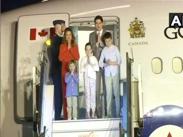 Canadian PM Trudeau arrives in Delhi along with his family