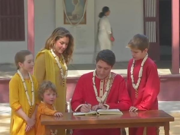 Justin Trudeau along with his wife and family at Sabarmati Ashram