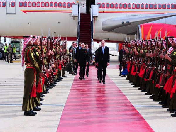 PM arrives in Oman on last leg of his West Asian tour