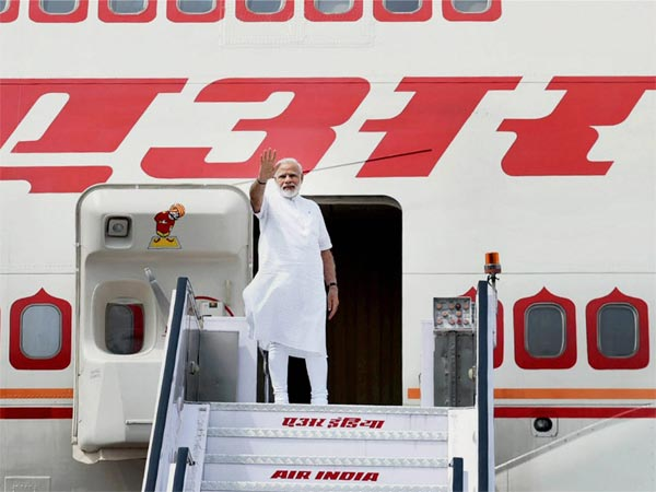 Modi's stopover at Lahore: Pak bills India Rs 2.68 lakh for route navigation