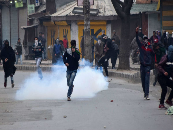 Shopian firing: SC to hear plea filed by Major's father to quash FIR