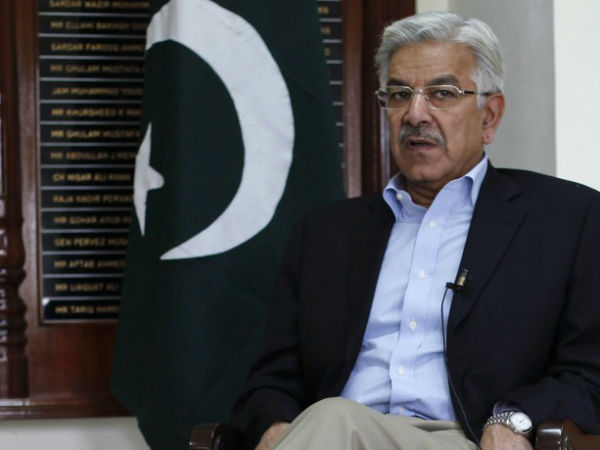 Khawaja Asif challenges disqualification decision in Supreme Court