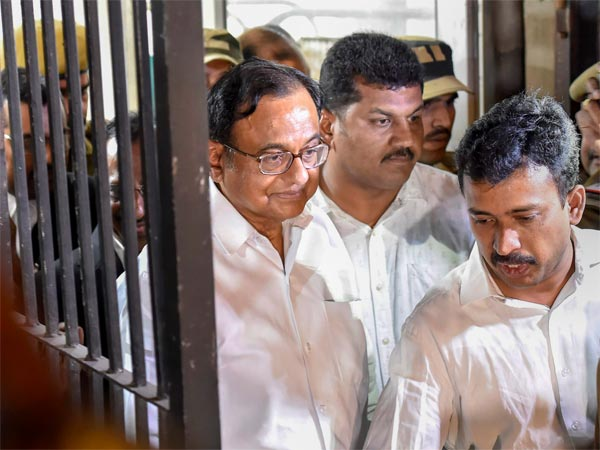 ED details Chidambaram's role in grant of FIPB to Aircel-Maxis