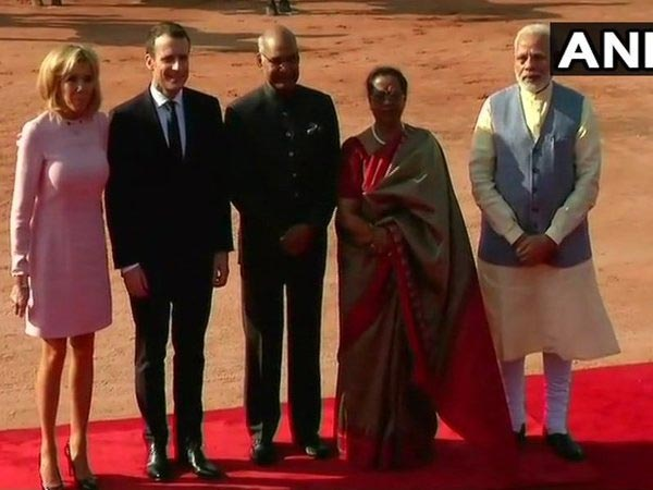 French President Emmanuel Macron and wife Brigitte Macron with President Kovind, Savita Kovind and PM Modi at Rashtrapati Bhawan. Courtesy: ANI news