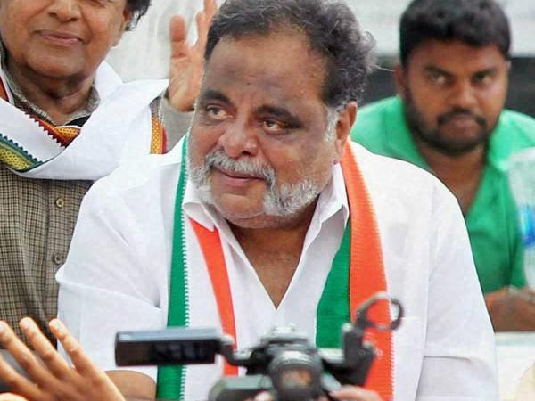 Why Ambareesh matters and Congress gives in to his tantrums