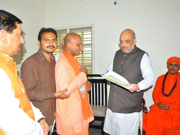 Basavanand Swamiji with BJP President Amit Shah