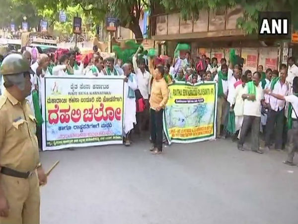 Over 400 farmers leave for Delhi to protest over Mahadayi water dispute