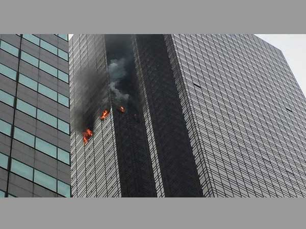 Trump Tower fire: 1 killed; talks over US president's sprinkler-free building
