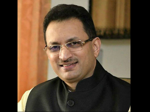 Anant Kumar Hegde involved in another accident: Two in a month