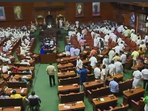 BJP stages walkout from Karnataka Assembly ahead of floor test