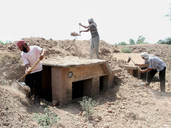 Cross border firing: 5,500 bunkers to be constructed along LoC