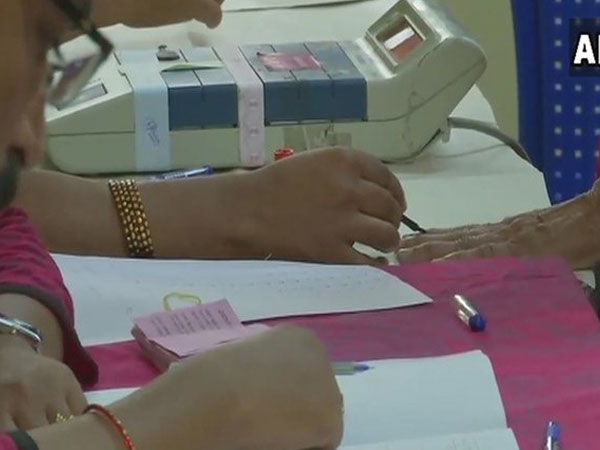 SP demands re-polling in booths where voting got delayed by over 1.5 hrs