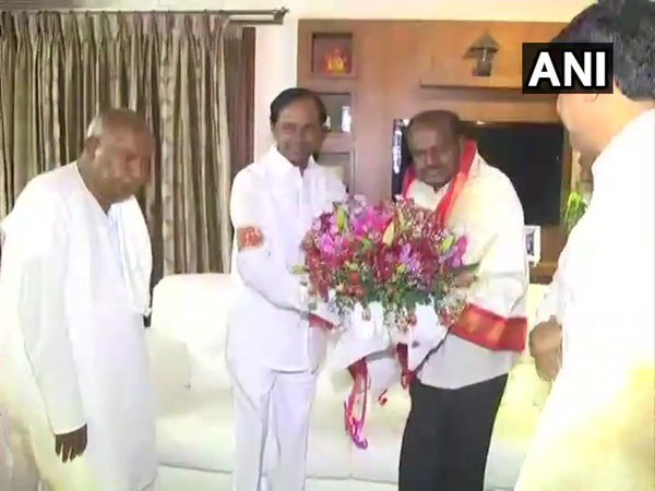 KCR meets Kumaraswamy and Deve Gowda in Bengaluru (Image courtesy - ANI/Twitter)