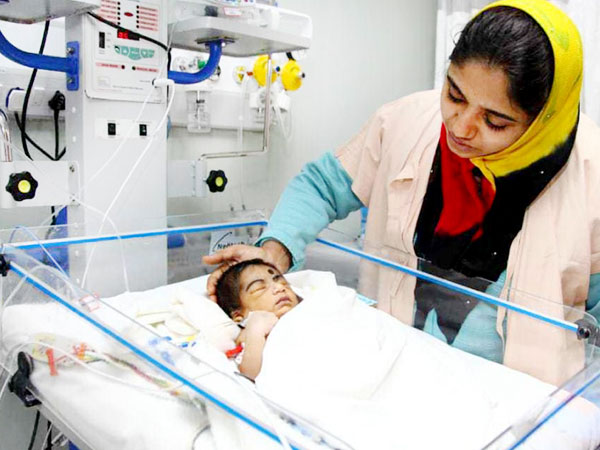 mamata, newborn, heart defect, heart beating, heart surgery, medical treatment, ventilator, doctor, nicu treatment