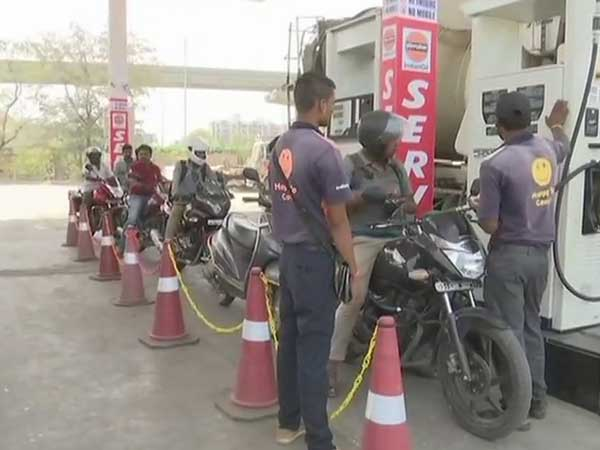 States have capacity and must cut duty on petrol: NITI