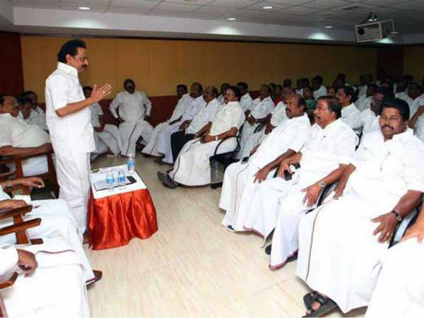 TN all party meet