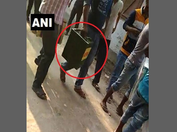 West Bengal Panchayat Election LIVE: Unidentified miscreants escape with a ballot box in Malda