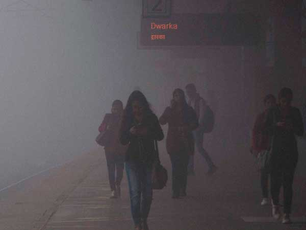 [Delhi dust storm impacts service on Blue, Red line]