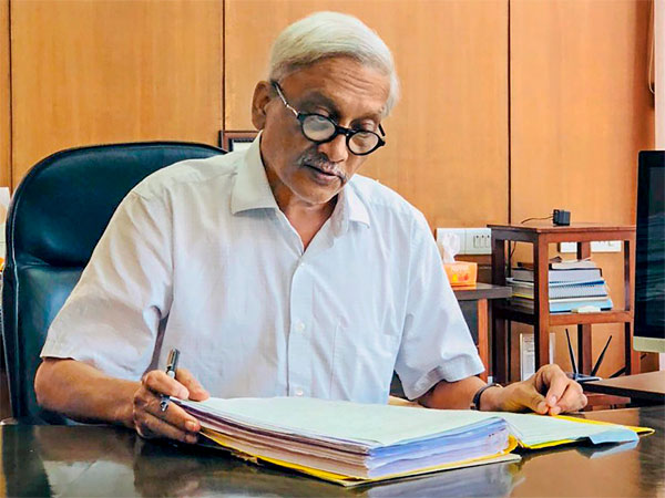 Goa Chief Minister Manohar Parrikar resumes work from his office at Secretariat, in Porvorim