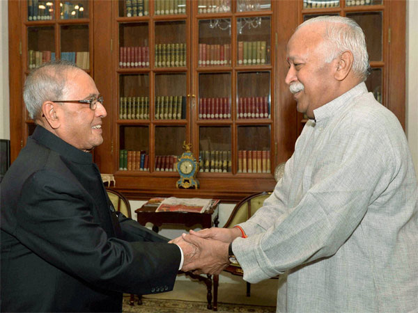 File photo of Pranab Mukherjee with Mohan Bhagwat