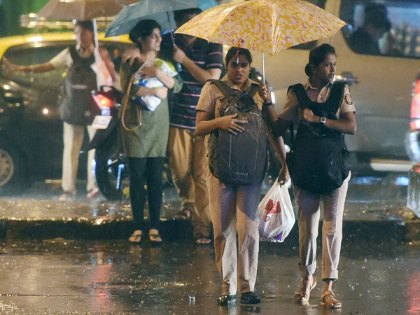 Weather forecast for June 29: Light Mumbai rains to continue for next 48 hrs