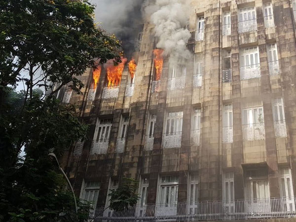 Fire breaks out at Scindia House in Mumbai, 5 rescued