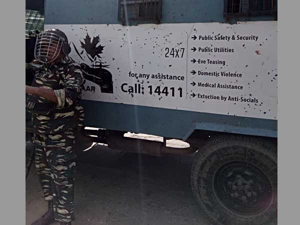 J&K: CRPF vehicle runs over 3 while trying to avoid protestors