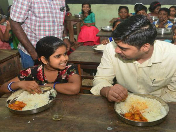 Kerala: IAS officer eats mid-day meal with school students to assess food quality
