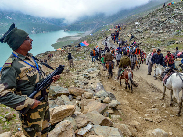 Fresh batch of 3,000 pilgrims leave for Amarnath Yatra