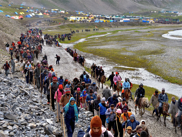 21st batch of Amarnath pilgrims leave Jammu