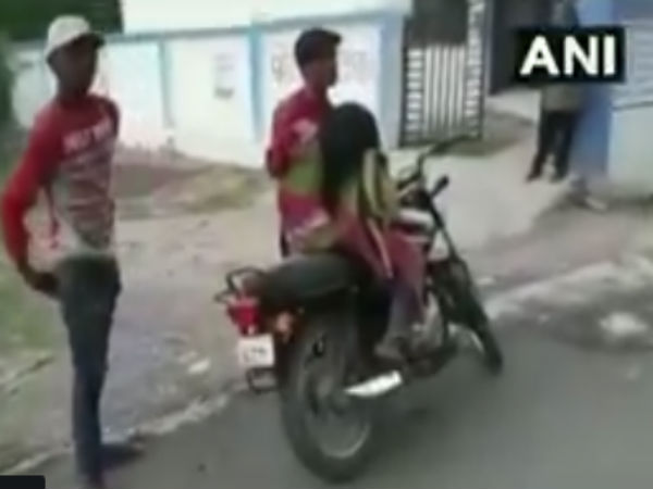 Denied ambulance, MP man forced to carry his mothers dead body on motorcycle