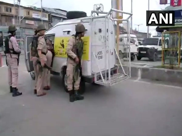 J&K: One CRPF killed as terrorist attack force party at Batmaloo in Srinagar