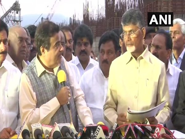 Nitin Gadkari with Chandrababu Naidu (Image courtesy - ANI/Twitter)