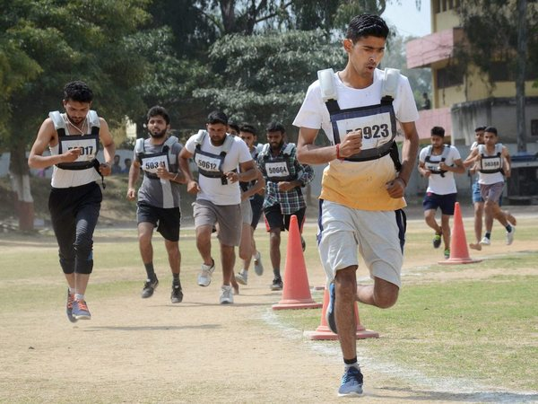 Candidates run during a recruitment rally for Indian Reserve Police (IRP) Battalion. PTI file photo