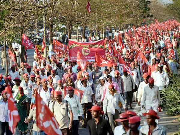 Maharashtra Notice To All India Kisan Sabha To Not Support Swabhimani Shetkari Sangathna