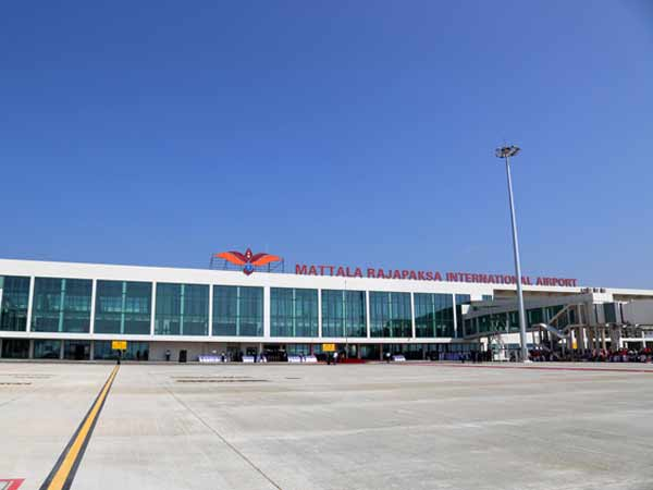 India-Lanka to discuss joint airport venture