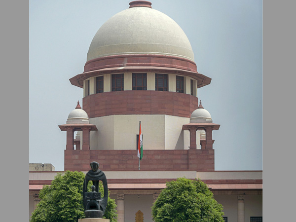 Will Nirbhaya's killers hang? SC to decide their fate today