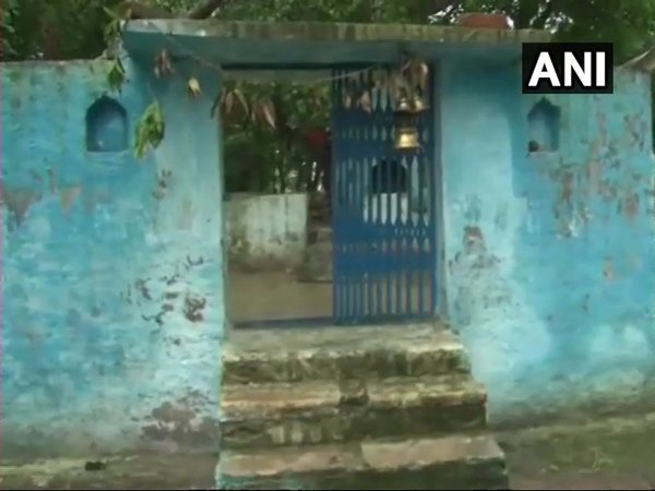 Temple purified after 'woman BJP MLA enters it (Image courtesy - ANI/Twitter)